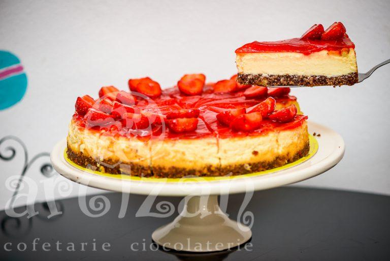 Cheesecake cu căpșuni