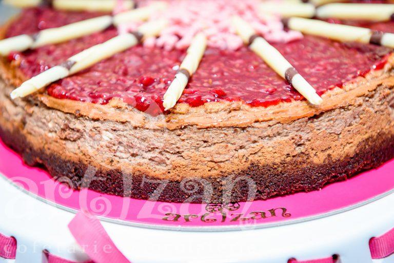 Cheesecake de ciocolata cu zmeură