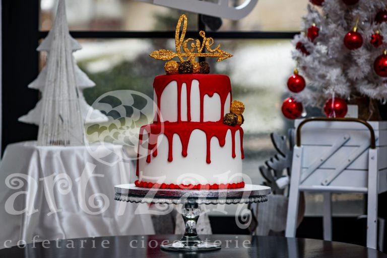 """Tort de Nunta """"Love"""" 1"""
