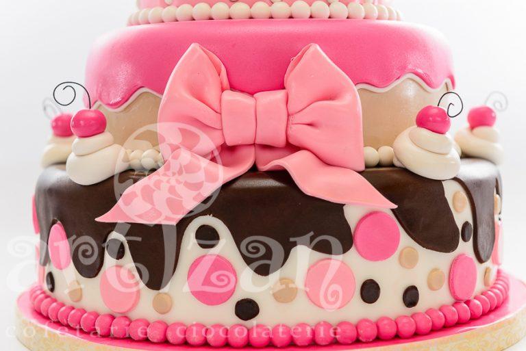 """Tort de Botez – """"Cupcake"""" 1"""