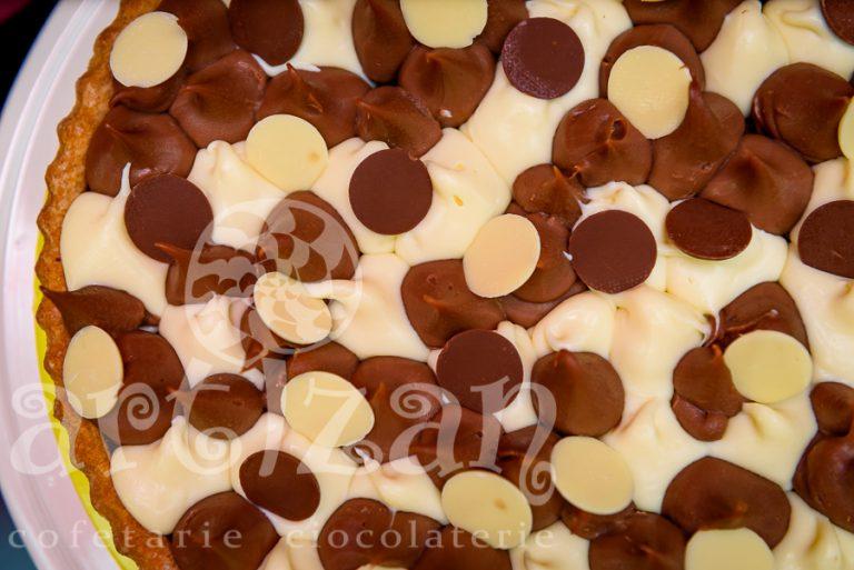 Tartă cu ciocolată cu lapte și cafea 1
