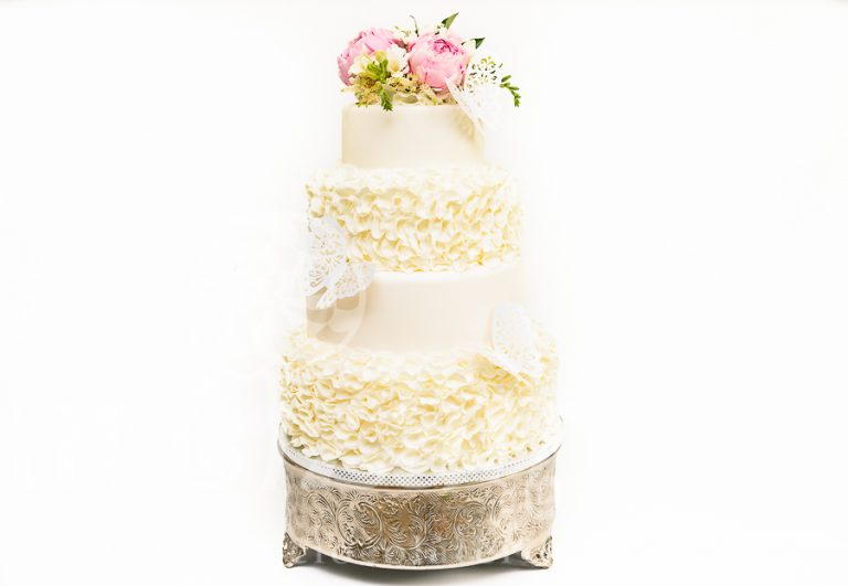 "Tort de nunta ""White Ruffle"""