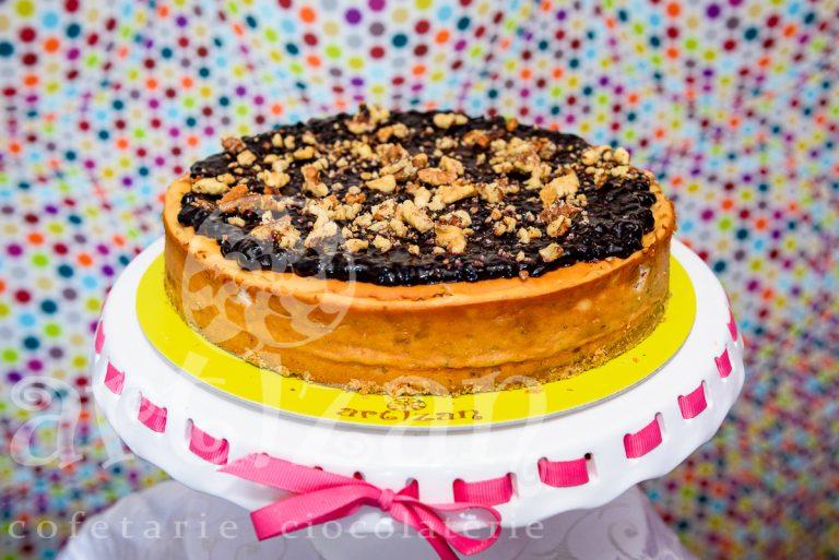 cheesecake cu nuci si afine