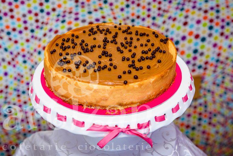 cheesecake cu banane si caramel 1
