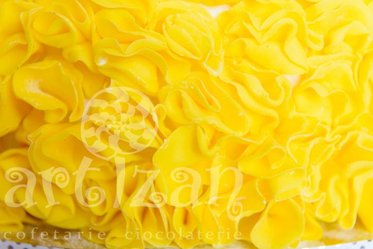 "Tort de nunta ""Yellow Truffle"" 1"