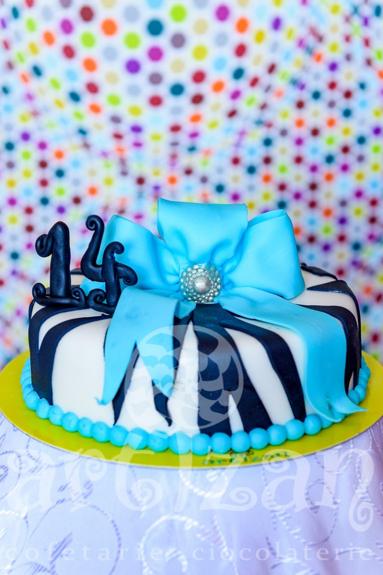 Tort Aniversar – Blue Bow 1