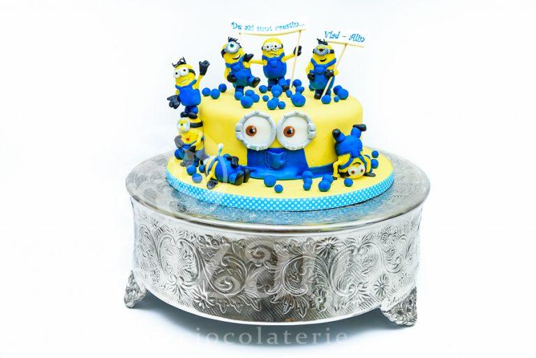 """Tort de Botez """"Minions"""""""