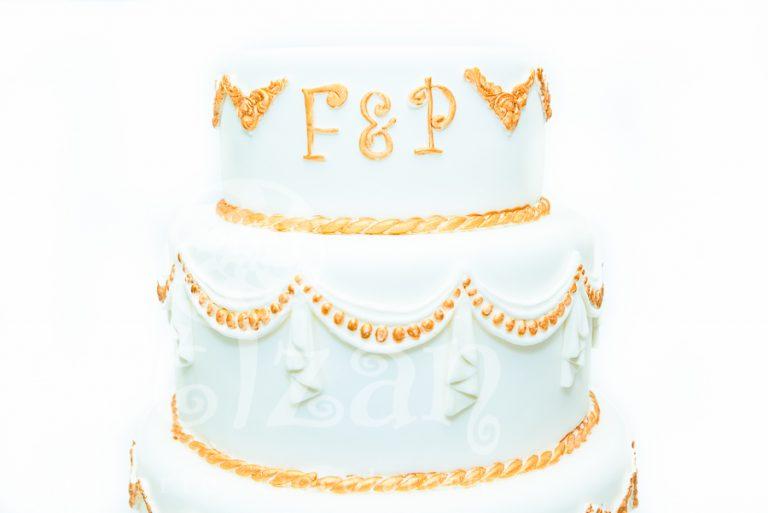 Tort de nunta cu monograme