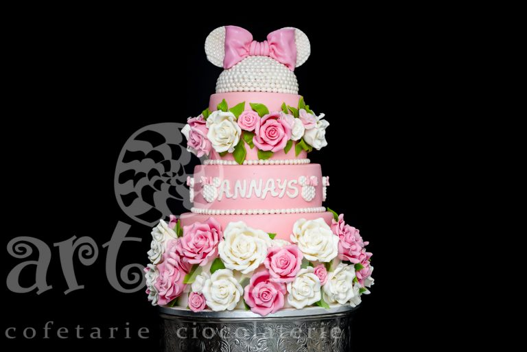 "Tort de Botez ""Minnie Rose"""