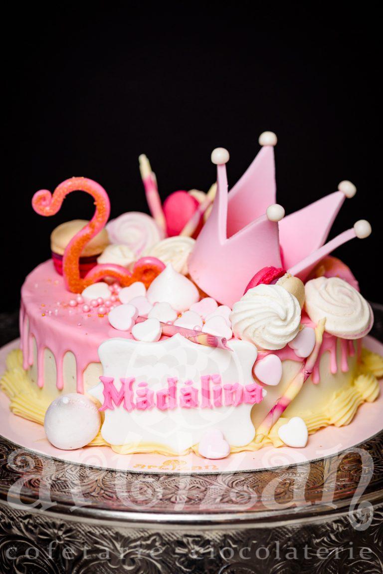 """Tort Aniversar """"Madalina"""" 1"""