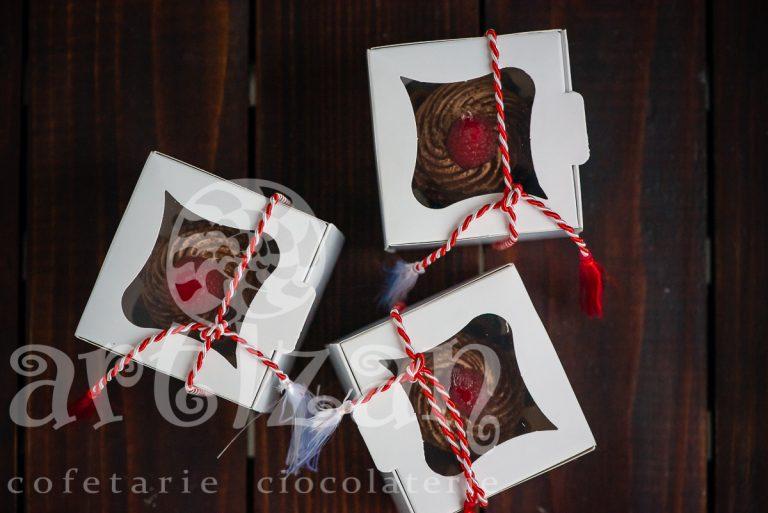 Brioșe de ciocolată cu zmeură – Ediție de Mărțișor 1