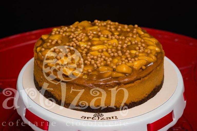 Cheesecake cu mere și caramel sărat
